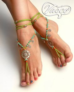 Foot jewelry perfect for the summer. One size fits all.They can be worn barefoot or with shoes. For any barefoot activity like sunbathing, belly