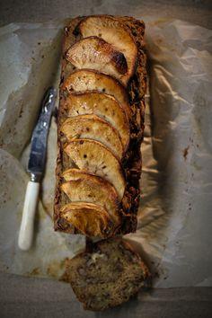 Apple & Cinnamon Bread, using wholemeal spelt flour, recipe by Teresa Cutter