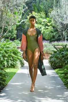 #MBFWMx #ManejaMéxico Wetsuit, Cover Up, Beach, Swimwear, Dresses, Fashion, Trends, Scuba Wetsuit, Bathing Suits
