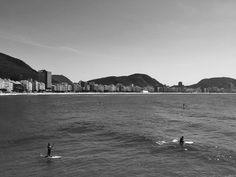 Stand Up Paddle ( Black and White ) - Vista da cafeteria Colombo no forte de Copacabana Rio de Janeiro.