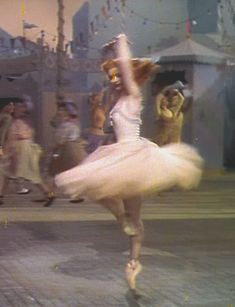 Moira Shearer in The Red Shoes (Michael Powell & Emeric Pressburger, 1948)