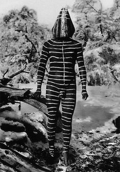 Selk'nam bodypainting The Selk'nam or Ona people, indigenous to inland Tierra del Fuego (and southern mainland Patagonia).