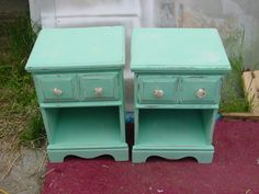 LOVE IT! Exactly what I am going to do with my night stands! :-D DIY Shabby Beach Decor