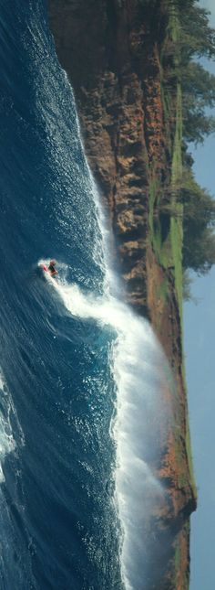 Riding Jaws on a wakeboard. http://win.gs/1cx0yRR Image: © Erik Aeder #surf #jaws #wakeboard #brave...