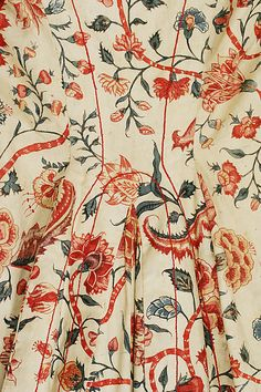 or early century Chintz (in Dutch: sits) - Detail of 'wentke' (Hindeloopen costume) held at the Met 18th Century Dress, 18th Century Fashion, 19th Century, Motifs Textiles, Vintage Textiles, Historical Costume, Historical Clothing, Paisley, Indian Textiles