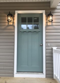 front door colors with tan siding Front Door Paint Colors, Exterior Paint Colors For House, Painted Front Doors, Paint Colors For Home, Tan House, Pintura Exterior, Green Front Doors, House Paint Color Combination, House Color Schemes