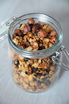 BaBy w kuchni: Granola Anny Starmach *** Home made granola recipe from Polish MasterChef juror Granola, Cake Recipes, Food And Drink, Healthy Recipes, Homemade, Cooking, Sweet, Fitness, Kitchen