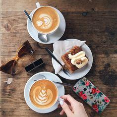A cute little latte date with @li0nsmane ❤️☕️❤️☕️❤️☕️