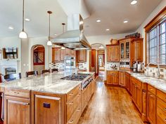 former listing: 1796 Grape Sold: 6/15/16 Price:$1,640,000