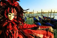 TripBucket - We want You to DREAM BIG! | Dream: Attend Carnival in Venice, Italy