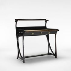 Perfect! 1904 Austrian Lady's desk, model 2 design by Gebrüder Thonet, manufactured by Thonet Wien