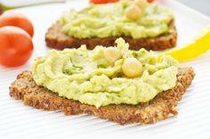 Dieses #Avocado-Kichererbsen #Aufstrich #Rezept ist nicht nur gesund und fettarm, sondern auch sehr lecker und mit vielem kombinierbar.