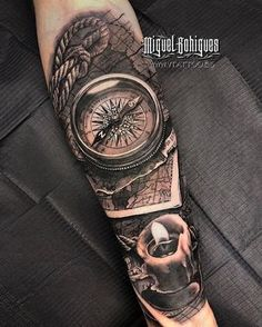 Miguel Bohigues Tattoo bei V Tattoo, Tattoo Studio in Valencia. - Miguel Bohigues Tattoo bei V Tattoo, Tattoo Studio in Valencia. Ship Tattoo Sleeves, Arm Sleeve Tattoos, Tattoo Sleeve Designs, Tattoo Designs Men, Simple Hand Tattoos, Cool Forearm Tattoos, Hand Tattoos For Guys, V Tattoo, Map Tattoos
