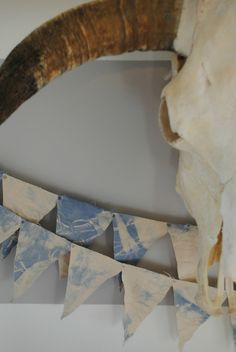 DIY Tie Dye Summer Garland #decor #tiedye #summer #garland #diy