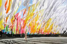 100 colors: Instalación de Emmanuelle Moureaux en el parque central de Tokio...