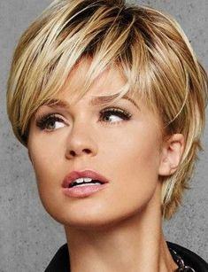 Tendance Coupe & Coiffure Femme Description Looking for an easy answer to a BAD hair day? Check out new arrival Textured Fringe Bob by Hairdo Choppy Bob Hairstyles, Straight Hairstyles, Pixie Haircuts, Pretty Hairstyles, Teenage Hairstyles, Ladies Hairstyles, Modern Hairstyles, Hairstyles 2018, Easy Hairstyles