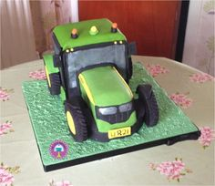 tractor, cake
