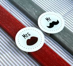 Σετ Λαμπάδες για ζευγάρια με στοιχεία Mr and Mrs!