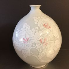 Ceramic Vase Contemporary Style Made Korea Celadon White Coral Floral Motif Peonies Signed Mark Label Asian Style Decor Wedding Gift Shower. No chips or cracks. Korean Pottery, Pottery Vase, Ceramic Pottery, Hand Thrown Pottery, Korean Art, Vintage Vases, Pottery Making, Wedding Decorations, Decor Wedding