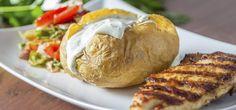 Kartoffeln mit Gemüsequark als Beilage zum Grillen oder leichtes Hauptgericht.