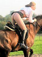 These Women Get Orgasms On Horseback