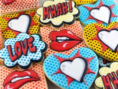 Pop Art Valentine Cookies by Semi Sweet Designs @SemiSweetMike. Great tips on easily creating a dotted comic book style background and making comic book lettering!
