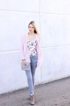 Spring 2017 outfit inspiration: blush pink, grey, florals