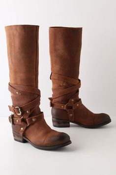 If I owned these boots, I could be a real cowgirl. Highly fashionable, of course, but a cowgirl all the same.