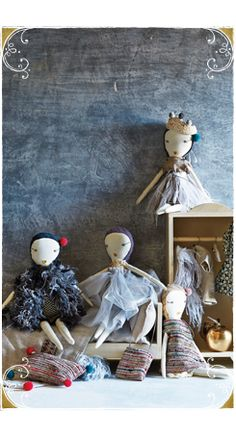 Loving these painted backgrounds! Anthropologie Catalog: December 2014 Lookbook #Anthropologie #TrinaBakerPhotography