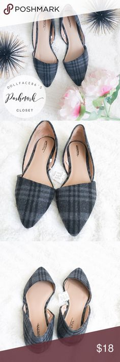 """NWT Plaid D'Orsay Flats ✦ these D'Orsay flats have a cute & unexpected plaid fabric, giving them a pretty unique feel✦{I am not a professional photographer, actual color of item may vary ➾slightly from pics}  ❥sole length:10.5"""" ❥ball of foot width:3""""  ➳material/care:man made ➳fit:true ➳condition:new with partial tag   ✦20% off bundles of 3/more items ✦No Trades  ✦NO HOLDS ✦No transactions outside Poshmark  ✦No lowball offers/sales are final Merona Shoes Flats & Loafers"""