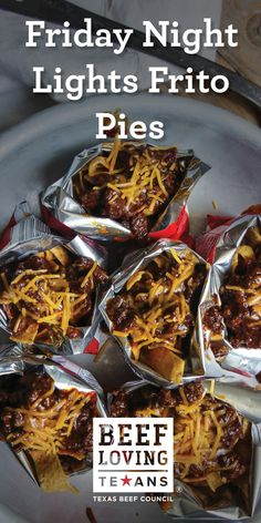 Every night feels like Friday with this delicious Frito Pie recipe. Mexican Food Recipes, Beef Recipes, Cooking Recipes, Healthy Recipes, Great Recipes, Dinner Recipes, Favorite Recipes, Yummy Recipes, Salads