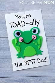 Toad-Ally The Best Father's Day Card for Kids to Make Toad-Ally Die beste Karte zum Vatertag für Kinder Mothers Day Gifts From Daughter, Mothers Day Crafts For Kids, Diy Mothers Day Gifts, Fathers Day Crafts, Crafts For Kids To Make, Mothers Day Cards, Happy Fathers Day, Art Projects For Toddlers, Fathers Day Art