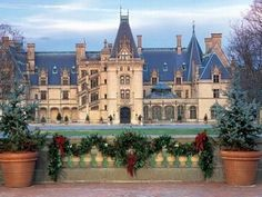 Biltmore Estate in Asheville, North Carolina: A great day or weekend trip this Christmas season