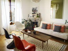 Mid-century-inspired home with Ikea 'Alvine Ruta' rug
