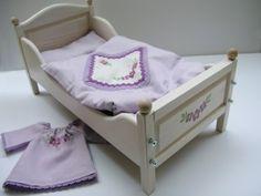 drewniane łóżeczko dla lalek