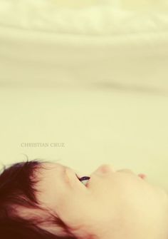 simple newborn photo shoot