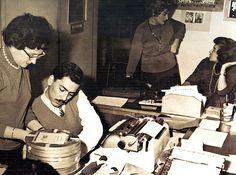 """Vargas Llosa en """"El pez en el agua"""":   Los tres meses que trabajé en  La Crónica,  entre el cuarto y el último año de   secundaria, provocarían grandes trastornos de mi destino. Allí aprendí, en efecto, lo que era el periodismo, conocí una Lima ignota hasta entonces para mí, y por primera y última  vez, hice vida bohemia"""