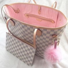 2019 New Collection For Louis Vuitton Handbags, LV Bags to Have. 2019 New Collection For Louis Vuitton Handbags, LV Bags to Have. Burberry Handbags, Prada Handbags, Louis Vuitton Handbags, Fashion Handbags, Purses And Handbags, Fashion Bags, Leather Handbags, Pink Louis Vuitton Bag, Tote Handbags