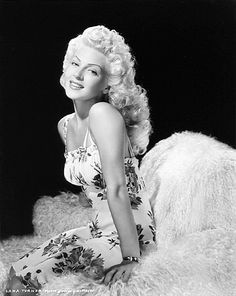 Lana Turner in a 1941 photo by MGM photographer Laszlo Willinger