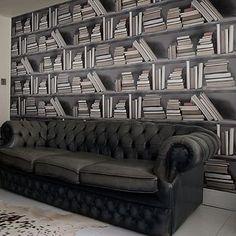 Bookshelf Wallpaper
