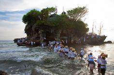 Going to Temple - Tana Lot, Bali