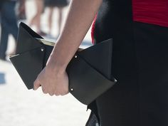 Viktor & Rolf bow bag