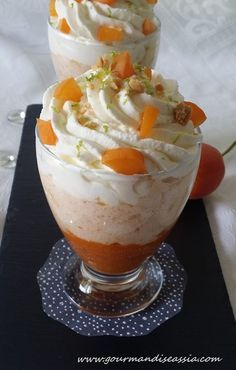 Mousse d'Abricot et Mascarpone Cold Desserts, No Cook Desserts, Sweet Desserts, Just Desserts, Sweet Recipes, Delicious Desserts, Dessert Recipes, Yummy Food, Mousse Dessert