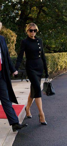 Lawyer Fashion, Business Fashion, Looks Kate Middleton, Fashion Portfolio Layout, Corporate Women, Fall Wardrobe Essentials, Mafia, Women Lawyer, First Lady Melania Trump