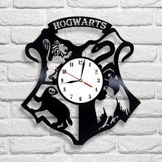 Hogwarts logo Harry Potter design vinyl record clock home decor art gift move