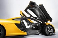 「ラ フェラーリ」と「P1」をスペックで比較