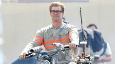 Chris Hemsworth as male receptionist Kevin in Paul Feig's Ghostbusters reboot.