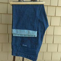 """Brand New Calvin Klein Boyfriend Jeans!! Summer Sale!! Brand New Calvin Klein Boyfriend Jeans!! Nwot  Capri's 21"""" inseam.  Waist 19"""" Calvin Klein Jeans Ankle & Cropped"""
