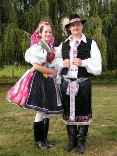 Costumes Around The World, Folk Clothing, Folk Dance, Folk Costume, Traditional Dresses, Folklore, Hungary, Harajuku, Ford