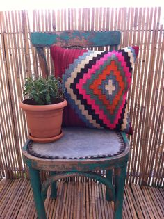 Kilim Pillow cover Kilim Pillows, Kilim Rugs, Throw Pillows, Crochet Instructions, Decorative Pillow Covers, Wicker, Hand Weaving, Beige, Pure Products